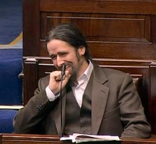 luke ming flanagan irish politican hemp suit