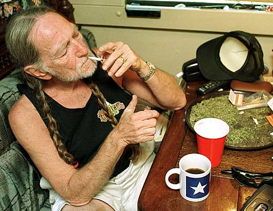 willie nelson marijuana moonshine